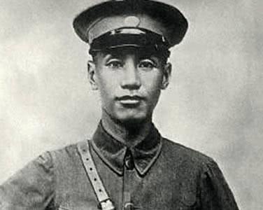 蒋介石一生中最敬重两个人,孙中山只是其中一位,另一位看破红尘