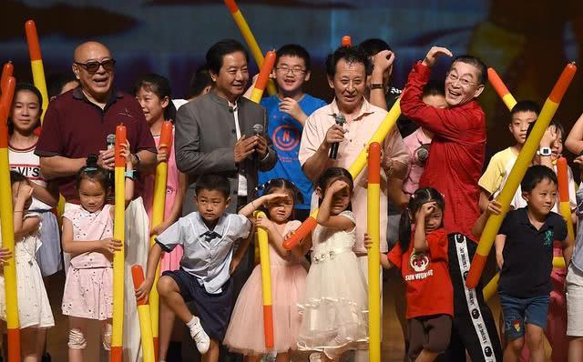 """86版《西游记》唐僧和孙悟空重聚,六小龄童再现""""猴王""""风采"""