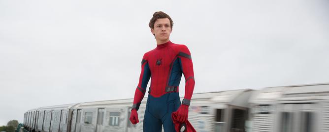 你一定想不到,蜘蛛侠在飞机上看这些电影!