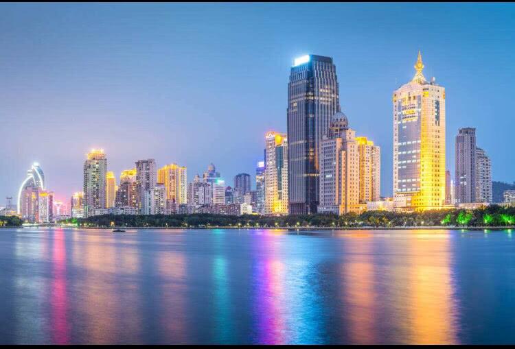 中国这个小小海滨城市,为何房价直逼伦敦?