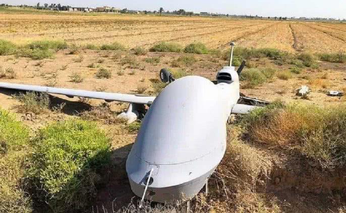 美军无人机坠毁伊拉克,所携导弹不翼而飞,白宫威胁大国必须交出