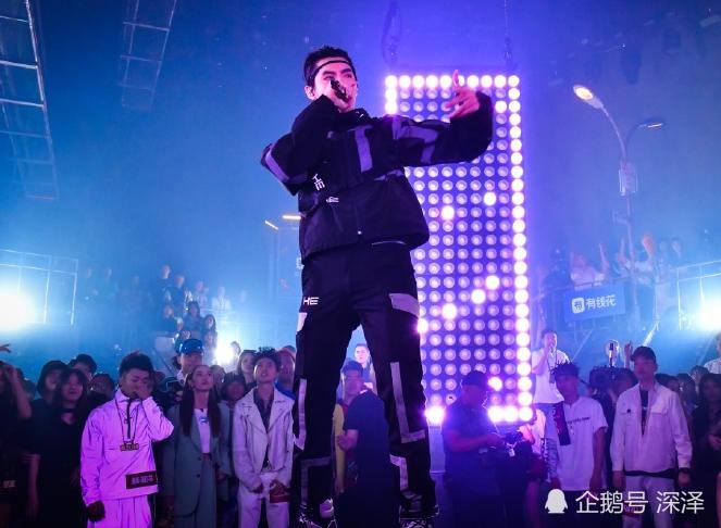 中国新说唱:杨和苏福克斯西奥参加复活赛,但只有一人能复活