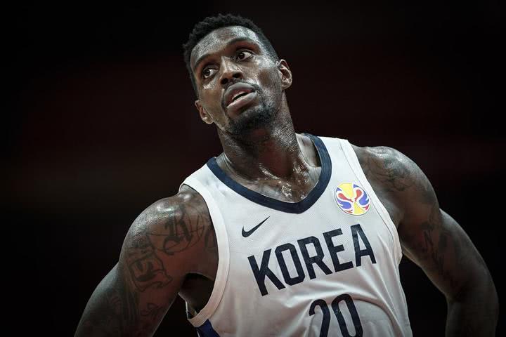 中韩大战在即!李楠很自信,周琦在调整心态,ESPN记者发声了