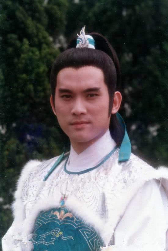 除了苗侨伟,还有一位杨康也堪称玉树临风,知道的人却不多