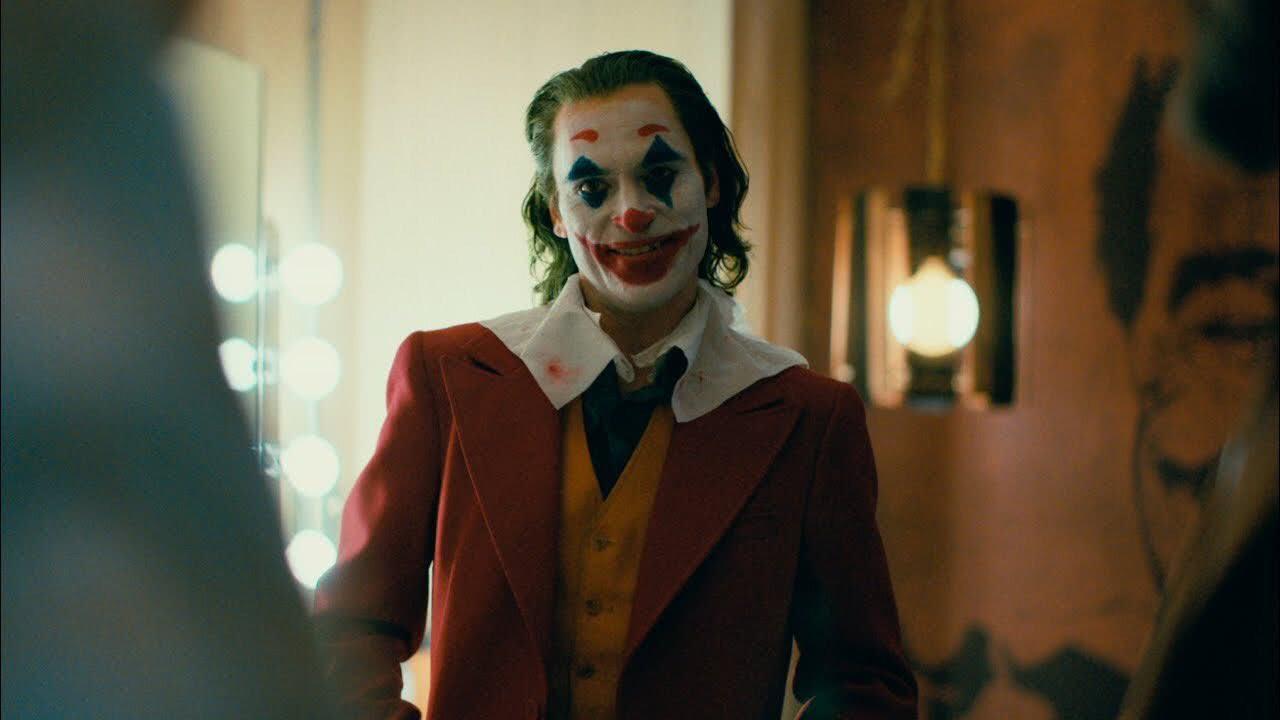《小丑》新预告暴露更多细节,小丑将会让哥谭从黑暗中开始觉醒!