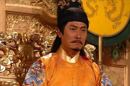 红木家具起源于郑和下西洋,这是不对的,红木家具在唐朝就有了