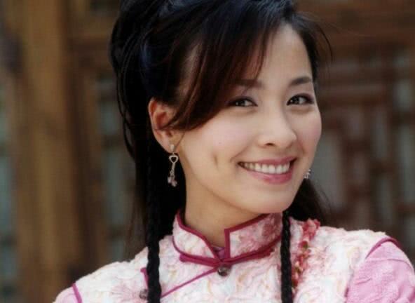 古装酒窝美人:陈妍希普通,佟丽娅优雅甜美,最后一位倾国倾城