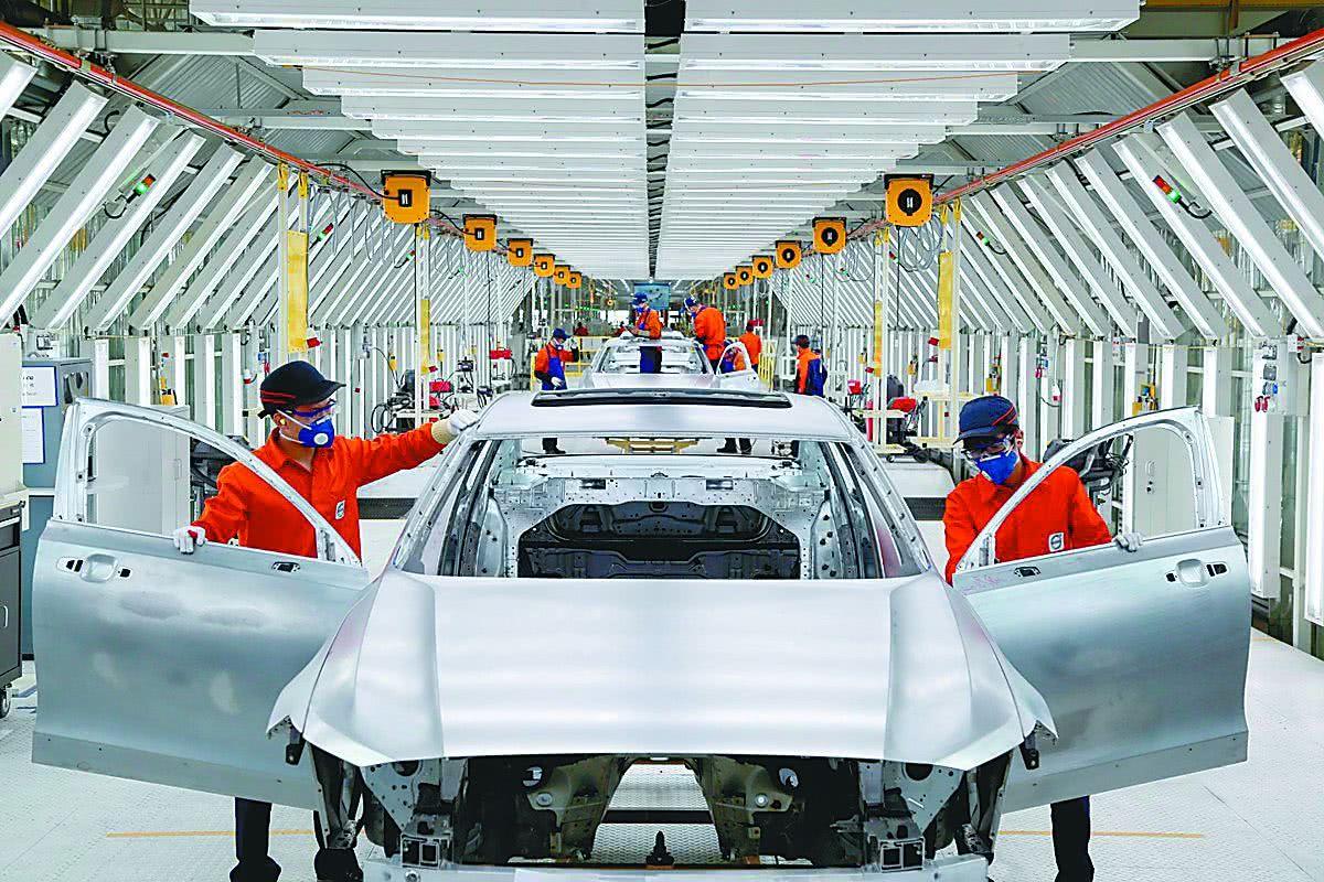 """""""起死回生""""的豪车品牌!换了一位中国老板,价值暴增至2100亿元"""