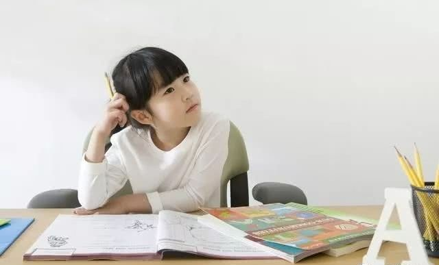 """哈佛大学实验""""看不见的大猩猩"""",培养孩子专注力,3招见效超快"""