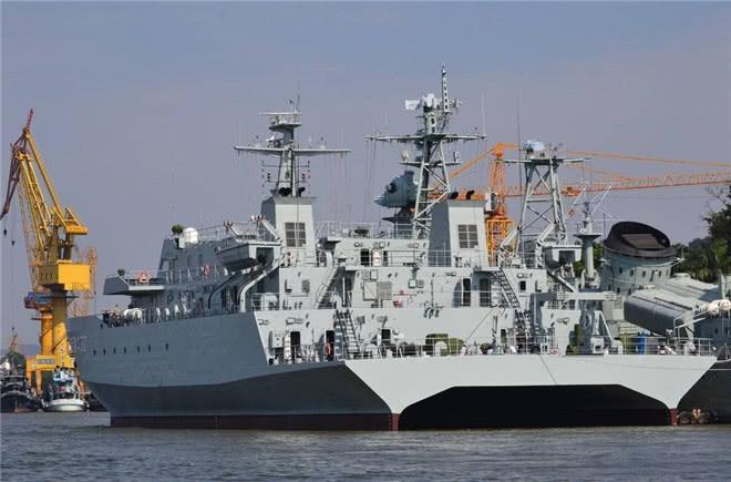 中国造船厂或将扩建,军舰下饺子忙不过来,已积压了60万吨订单