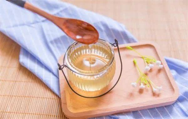 雪燕桃胶里面可以放蜂蜜吗雪燕桃胶加蜂蜜做法大全