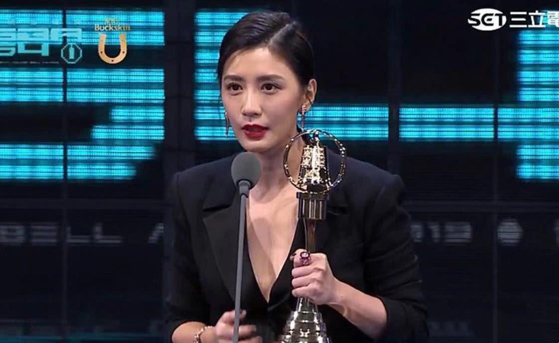 45岁首获视后,贾静雯给过气女演员树立信心,巩俐袁泉都是榜样