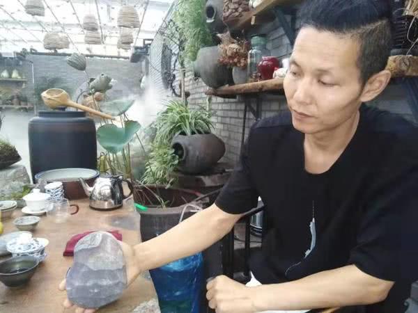 """160多道天然""""石头菜""""您见过吗?漯河男子30年收藏奇石万余件!"""