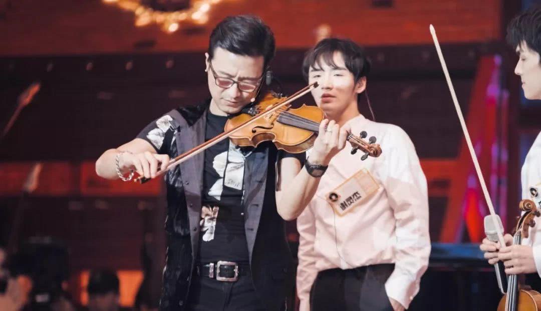 汪峰李荣浩加盟了这档新的乐队综艺,只是搭档为何会有她?