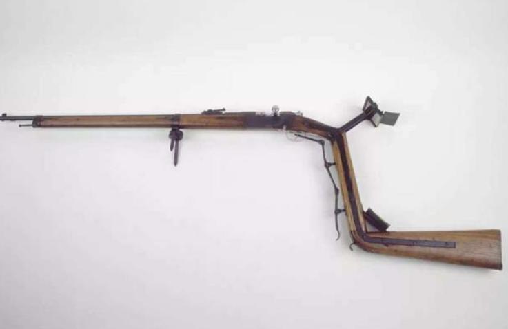 一战士兵到底有多怕死?看看发明的这3样武器,你肯定没见过!