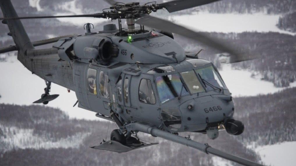 美军补充铺路鹰救援直升机
