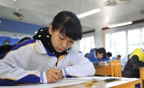 高考:最拉分的学科是什么?很多人都不清楚,无缘上重点大学!