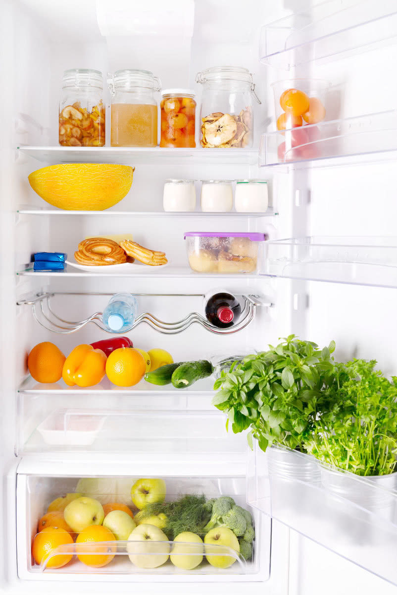 食物太多,冰箱又被塞满了?学会这样整理,既节省空间又方便寻找