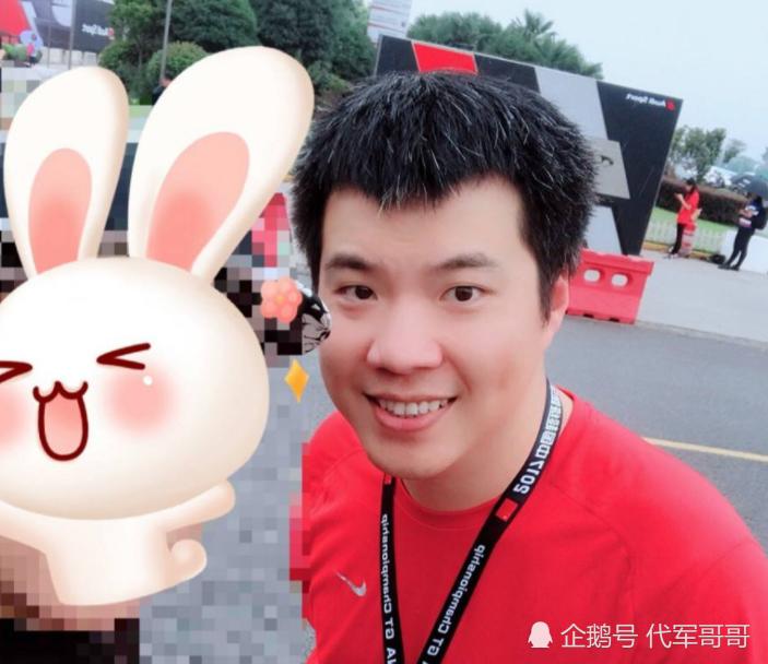 黄毅清在网上骂人赚2千万,贩毒吸毒被提请批捕,最开心的是谁?