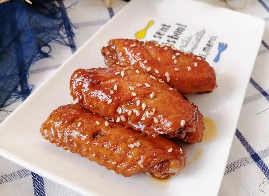 超级简单的可乐鸡翅做法,手残党福利,味道非常好吃,一学就会