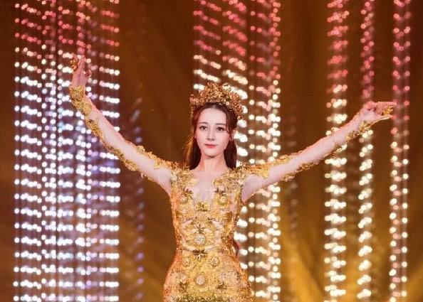 <b>金鹰女神投票在即,杨紫最大的对手不是郑爽,而是出道10年的她</b>