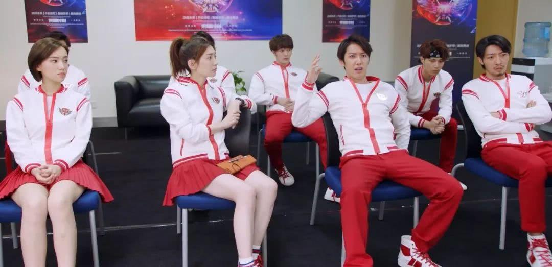 《全职高手》兴欣战队赢得开门红,除了叶修外表现最好的是他吧?