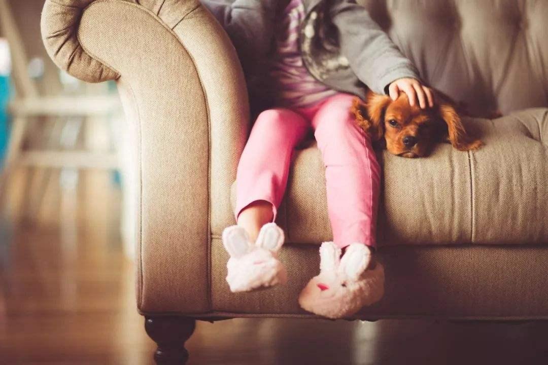 为何外婆带娃越来越流行?多半是这四个原因,既现实又心疼!