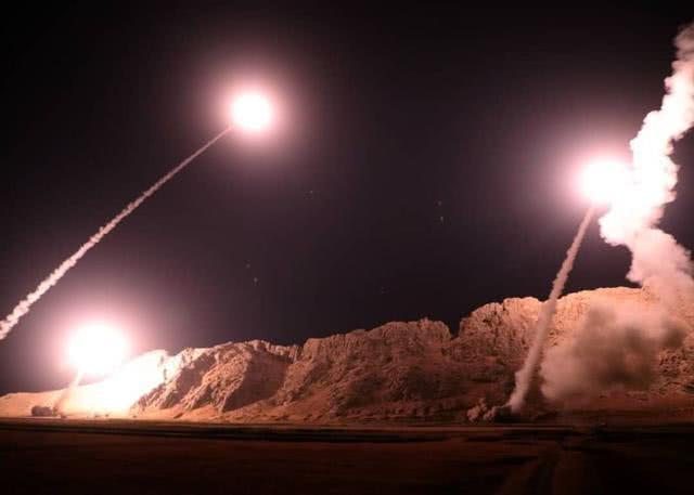 伊朗22枚导弹打击美军,多年谎言被戳穿,东方某国要颤抖了!