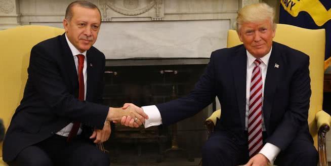 埃尔多安两面三刀,美国在土耳其部署核导弹,俄罗斯危险了