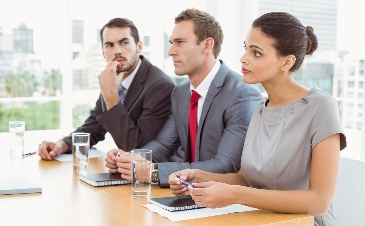 职场上,4个一般人都不会直说的道理,早懂早提拔
