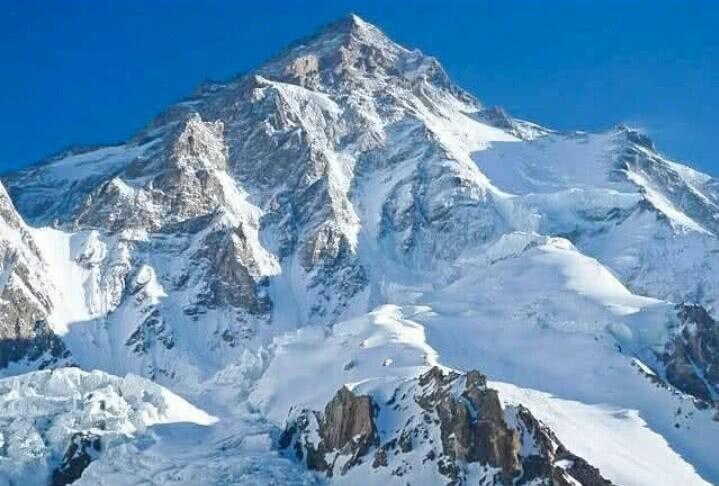 喜马拉雅山和珠穆朗玛峰是什么关系?