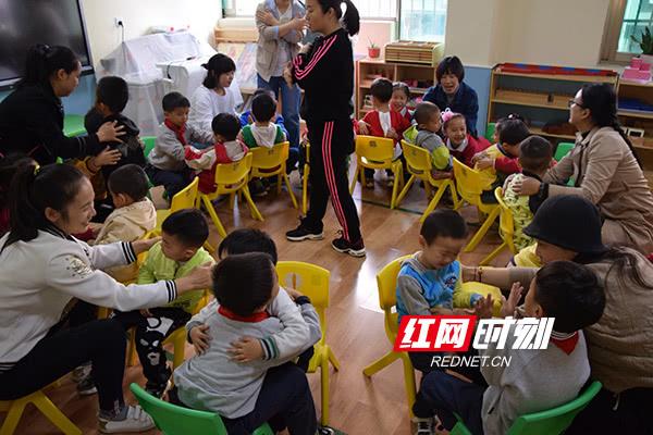 """大同古汉城小学开展""""特别的爱给特别的你""""志愿活动"""