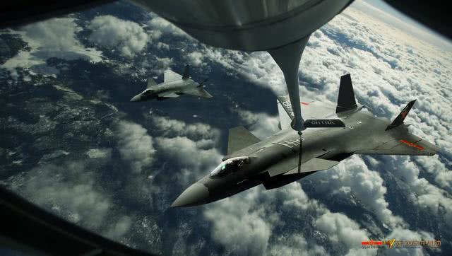 俄专家评全球五代机:苏57力压F22斩获满分,歼20未能上榜