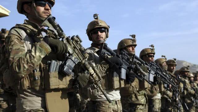 <b>中东强国对美失去耐心,三十万精兵集结边境,美:比俄军还难打</b>