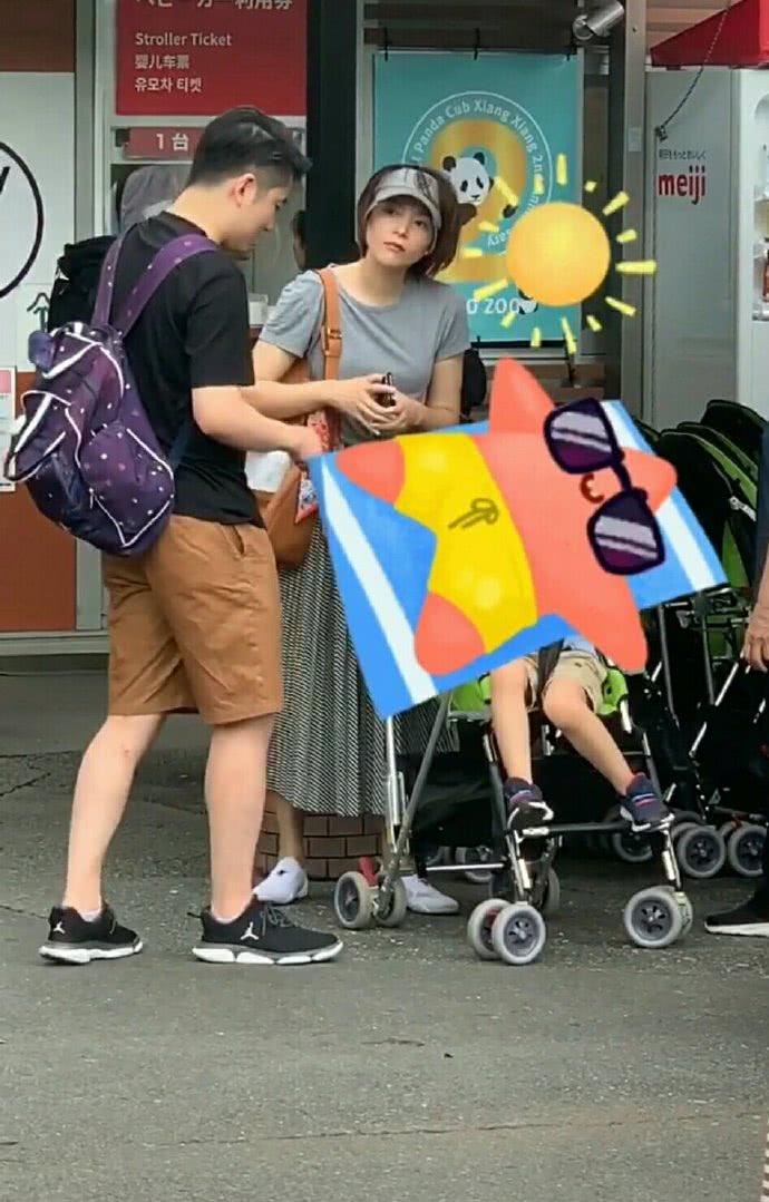 偶遇董卿携儿子游日本动物园,女神素颜抗打全程母爱爆棚
