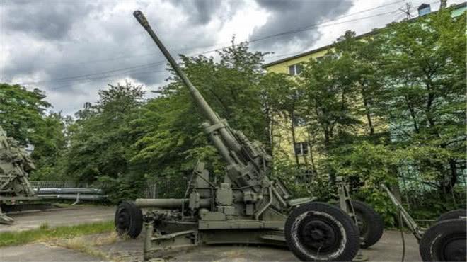 <b>苏联无偿馈赠中国防空系统,3枚导弹就将美侦察机击落,没白送</b>