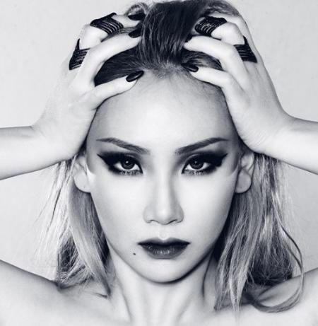 记录2ne1解散三年来的日记,CL将它制作成歌曲,女王回来了