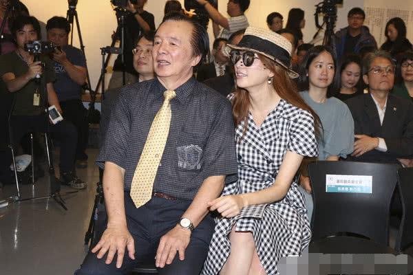 林志玲爸爸公开称赞女婿:为人谦虚又可爱,DNA一定很完美