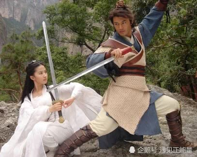<b>演技一直备受争议的黄晓明,凭一部《烈火英雄》重新走红</b>
