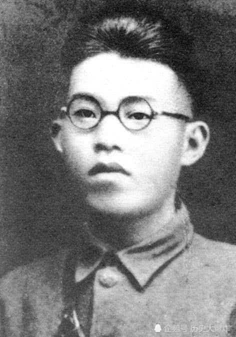 他是黄埔四期生,曾为红军大将25岁牺牲,被誉为共和国第九烈士