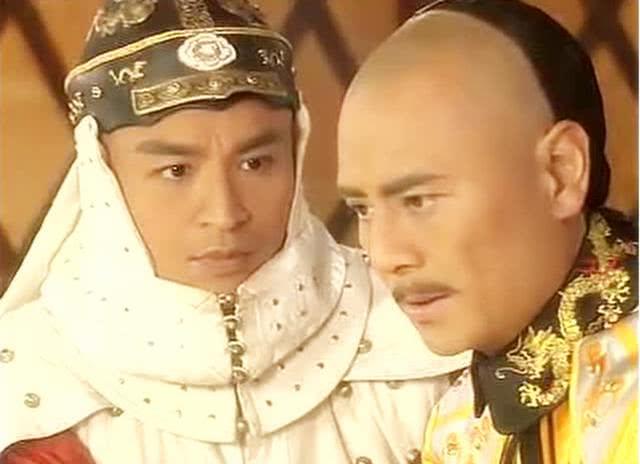 努尔哈赤去世之时,皇太极没有杀了多尔衮两兄弟?不是不想是不能