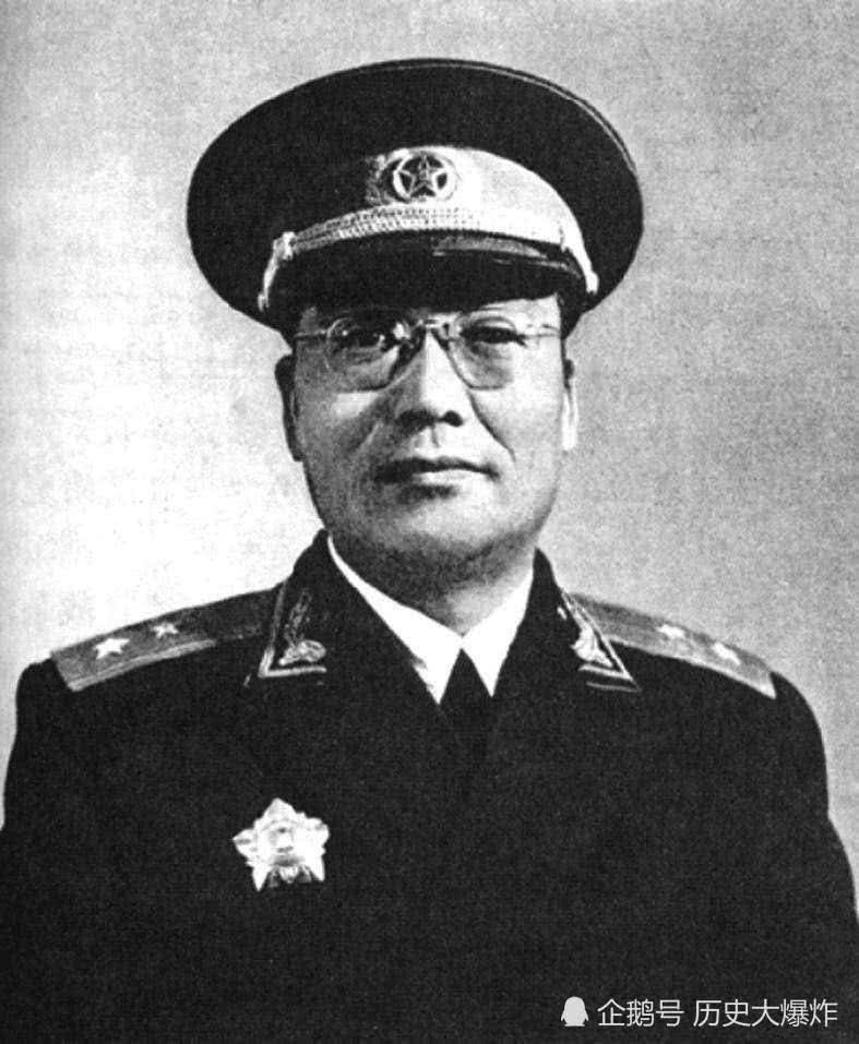 他被老蒋特许为黄埔生,后成我军卧底,一场战役让五万国军被全歼