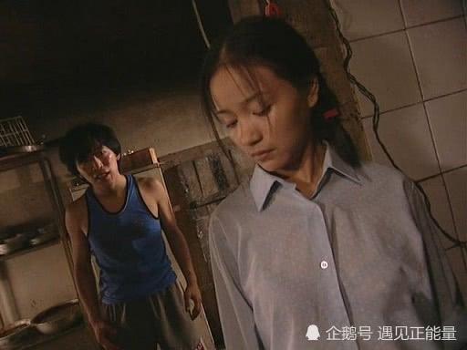 黄渤45岁生日,罗志祥晒其年轻时旧照为其庆生,网友发表7字