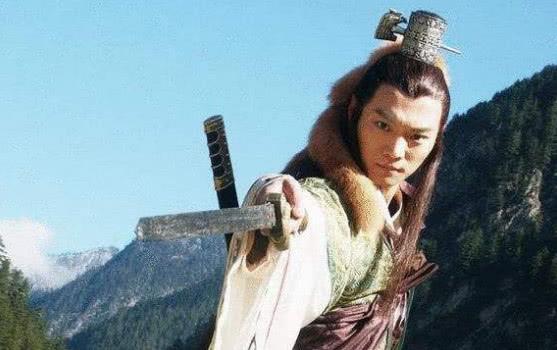 此人与杨过师出同门,内功剑术在杨过之上,被后世人尊为武林神话