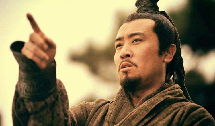 刘备一向善于笼络人才,且以仁德自居,为什么却有很多人背叛他?