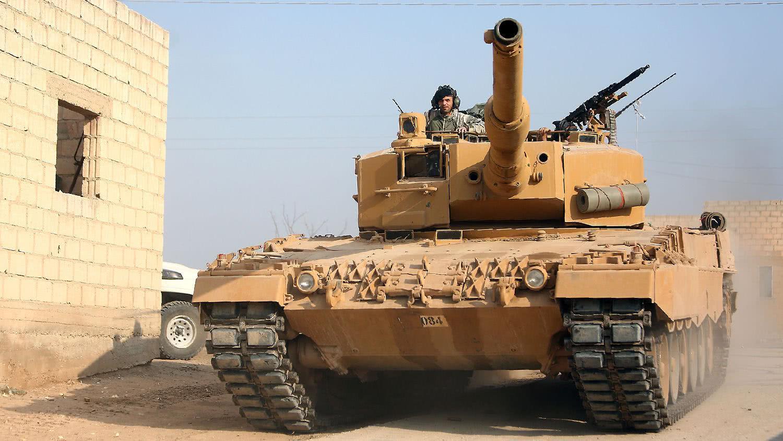 老虎哈桑无愧名将称号,率军赢得硬碰硬之战,重创土耳其坦克集群