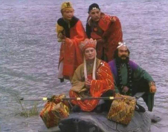 如果唐僧帮通天河老龟问了问题,结局会怎样?照样会被老龟推下水