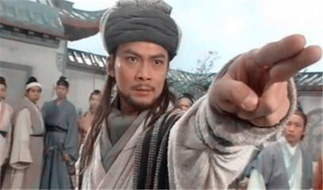 乔峰武艺高强,身份显赫,为何在剧中30多岁还是单身?