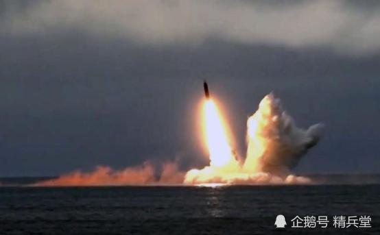 万吨级核潜艇出动,导弹升空!俄罗斯用行动警告美国:别玩火!