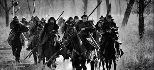 史上第一个禅位却被杀的皇帝是谁皇族成员被杀得一个不留